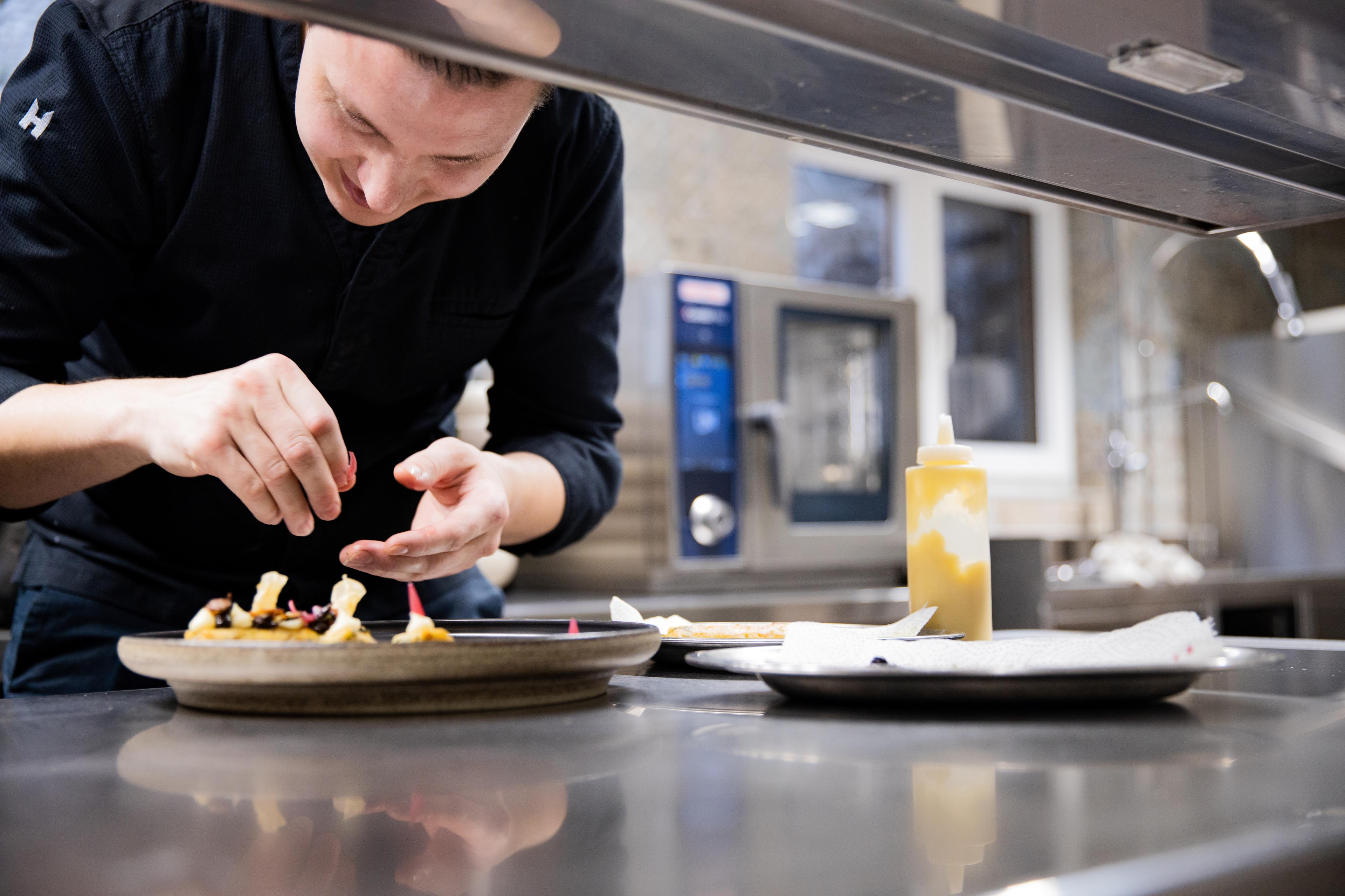 Six smart ways a combi like RATIONAL improves a commercial kitchen